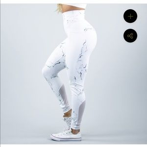 Buff Bunny White Marble Leggings